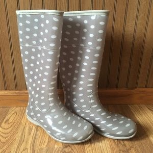 Itasca Light Gray Polka Dot Rain Boots 8